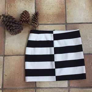 Trina Turk Skirt 🖤